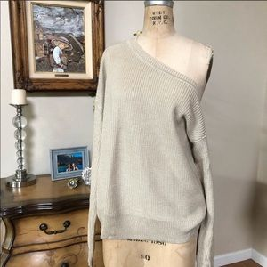 Carmar Slouchy Sweater!